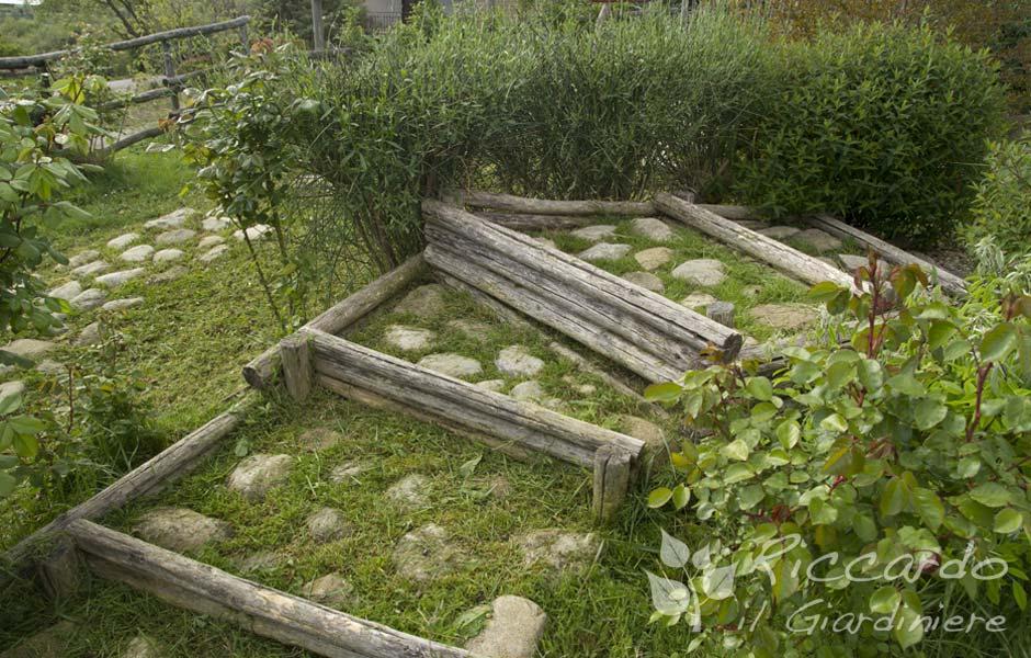 Scala con alzata in legno e pedata con pietre riccardo il giardiniere - Scale per giardini ...